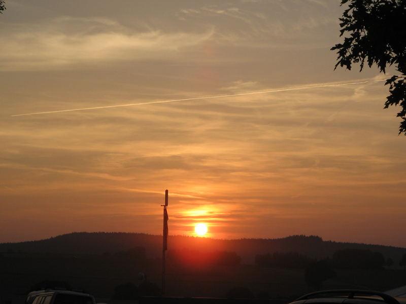 Sonnenuntergang bei der Montgolfiade