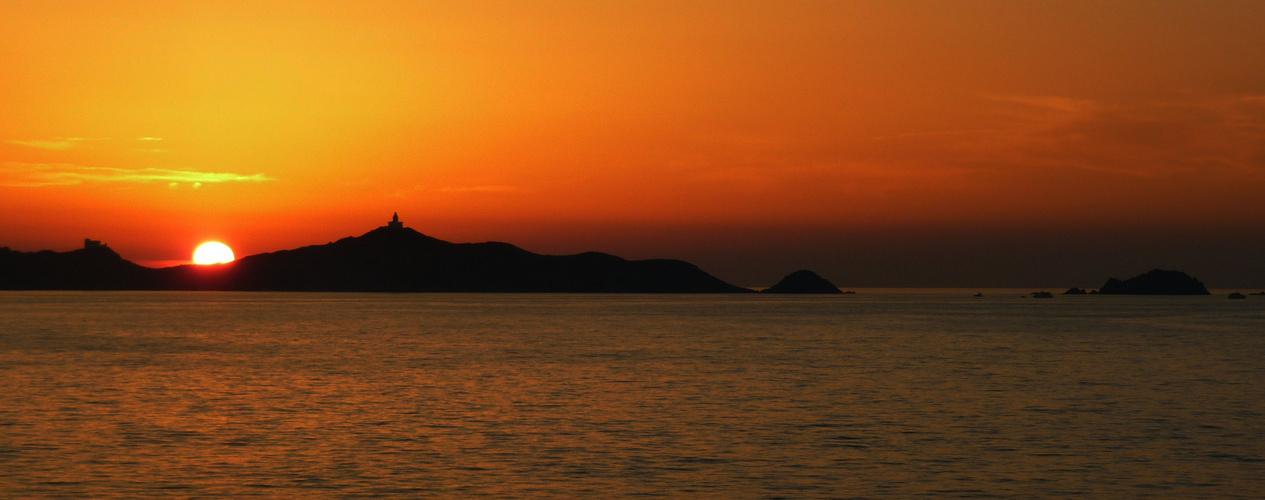 Sonnenuntergang bei Korsika