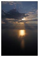 Sonnenuntergang beim Landeanflug auf Side
