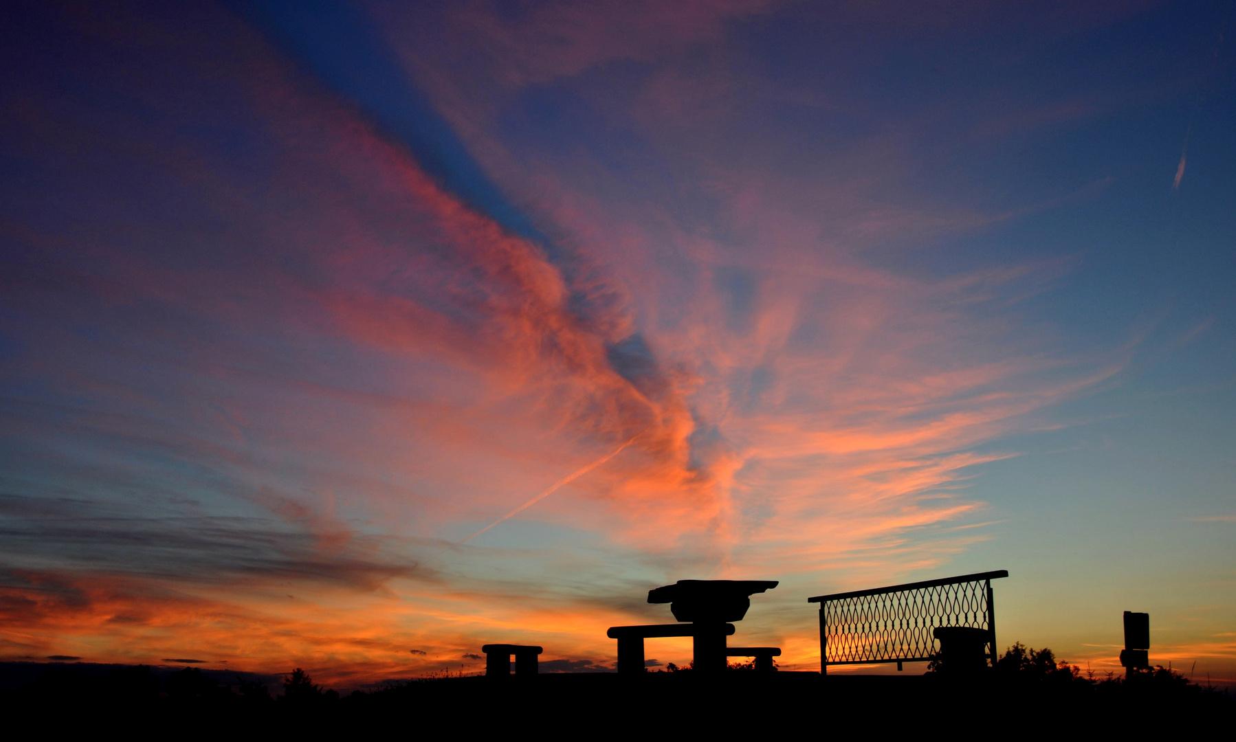 Sonnenuntergang beim Weissen am Sattel Nussbach