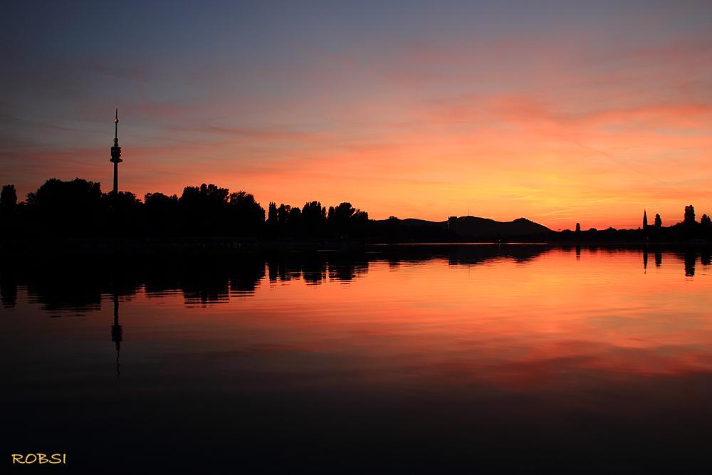 Sonnenuntergang Donauturm