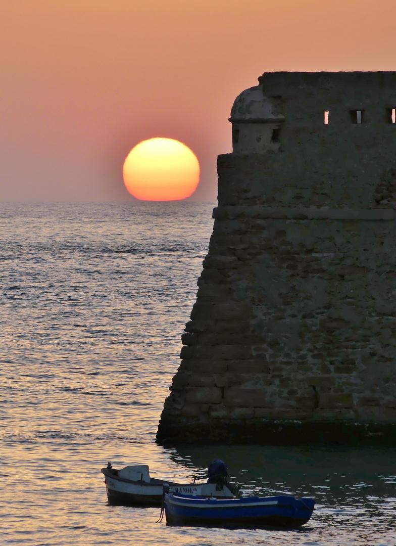 Sonnenuntergang en la caleta de Cádiz