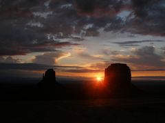 Sonnenuntergang im Monument Valley 2