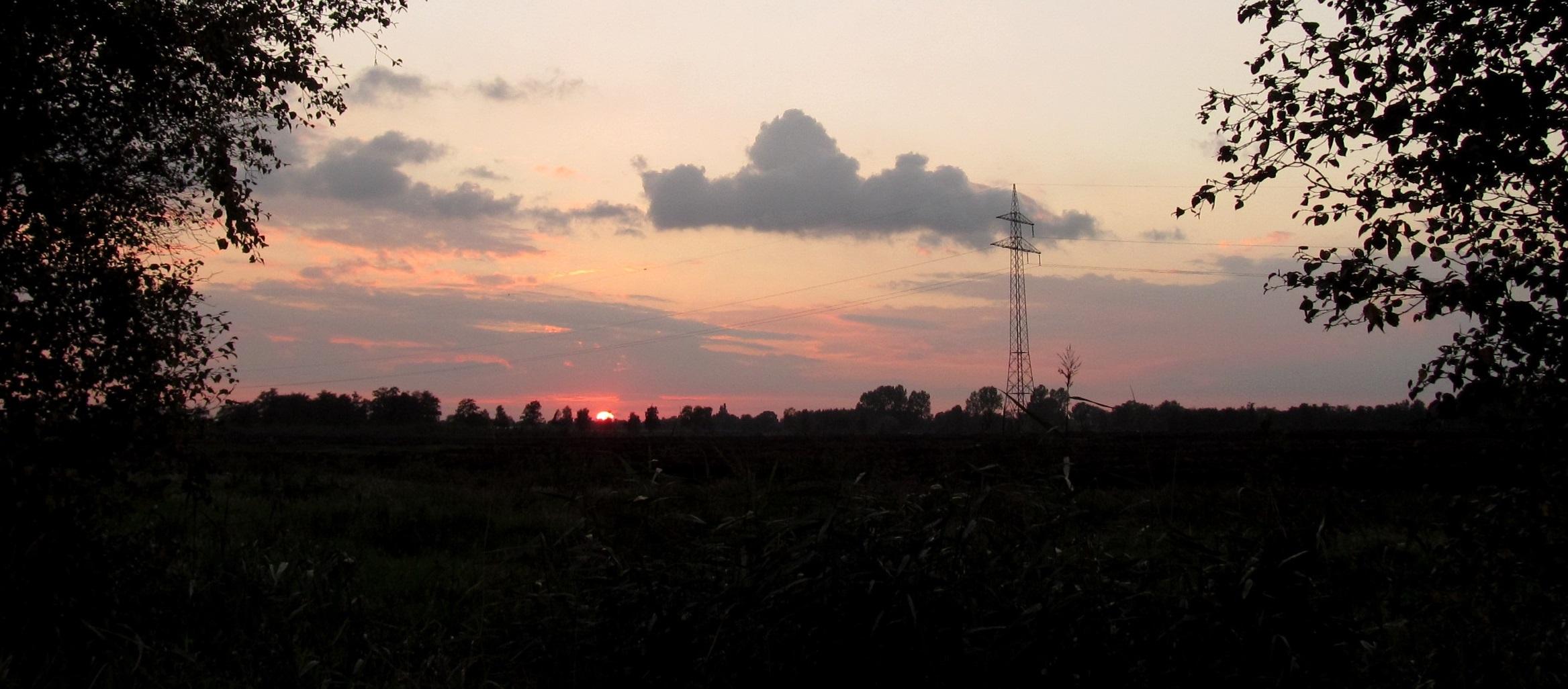 Sonnenuntergang im Wolfsbrucher Moor an der  B 495