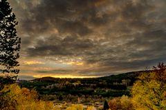 Sonnenuntergang in den Vogesen. Gerardmer