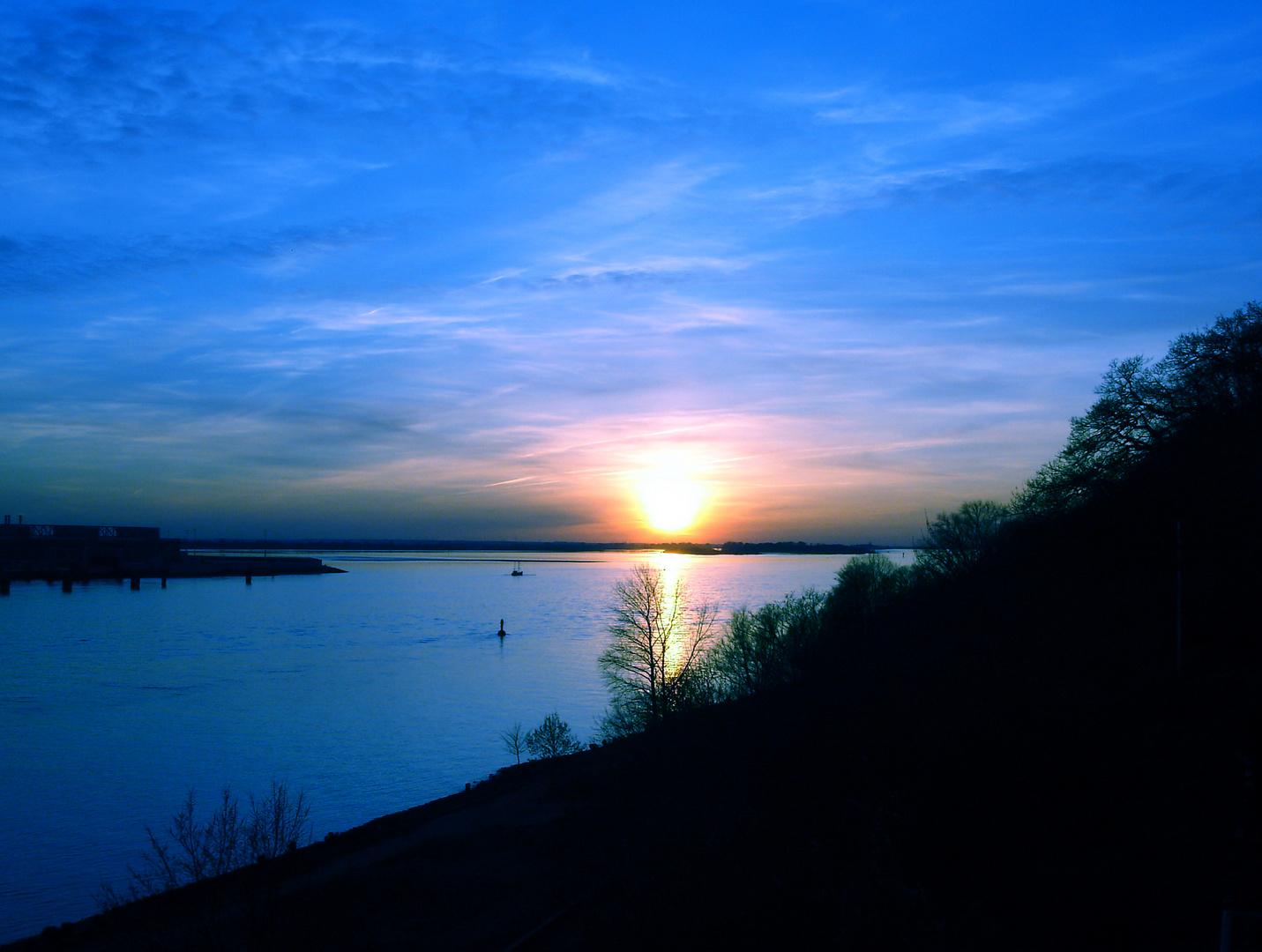 Sonnenuntergang in HH