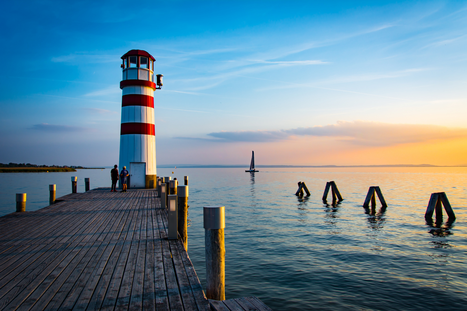 sonnenuntergang leuchtturm podersdorf foto bild world leuchtturm sterreich bilder auf. Black Bedroom Furniture Sets. Home Design Ideas