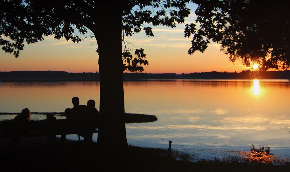 Sonnenuntergang mit der Familie