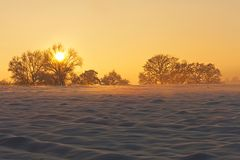 Sonnenuntergang mit leicht nebligem Abgang...