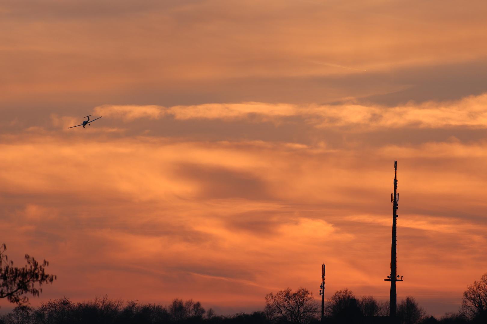 Sonnenuntergang mit Turm