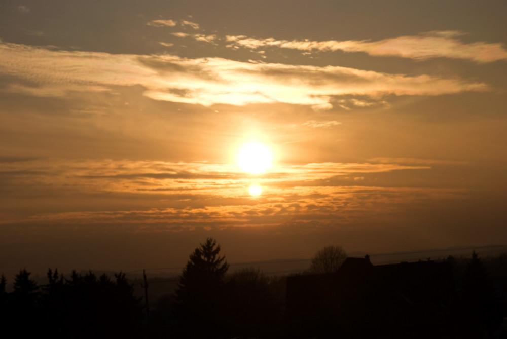Sonnenuntergang Mitte Jänner