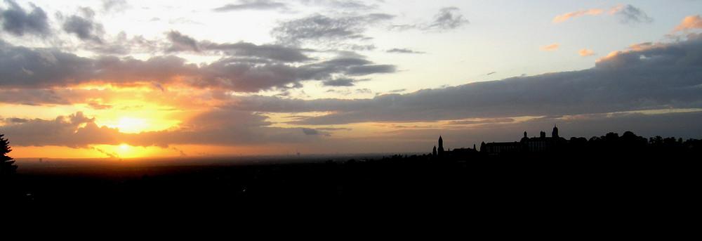 Sonnenuntergang neben Bensberg