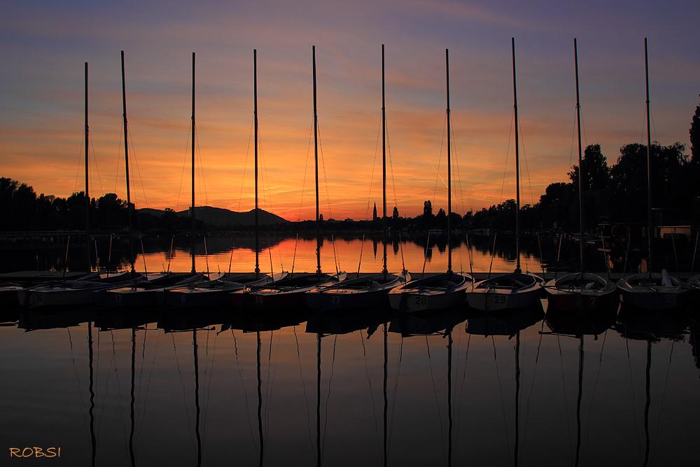 Sonnenuntergang Segelschiffschule in Wien