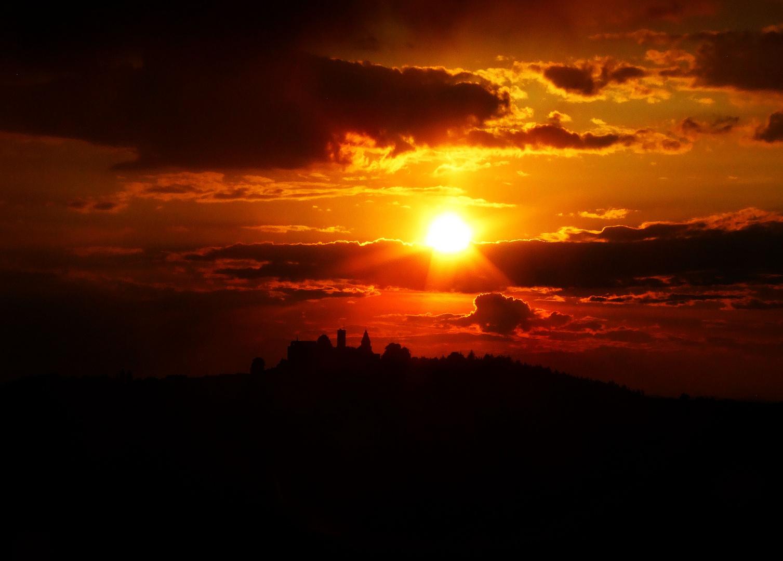 Sonnenuntergang über Burg Leuchtenberg......