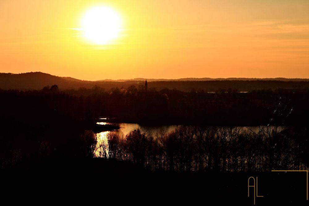 Sonnenuntergang über dem Ökodorf Brodowin