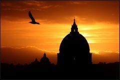Sonnenuntergang über dem Vatican . . .