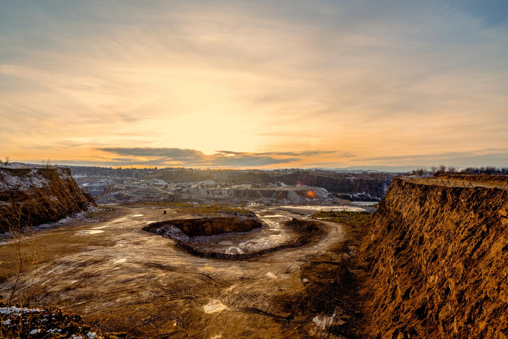 Sonnenuntergang über den Tagebau
