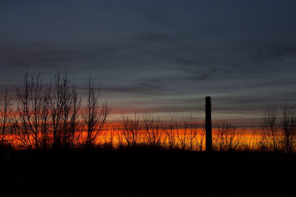 Sonnenuntergang über der alten Ziegelei in Sachsenhagen