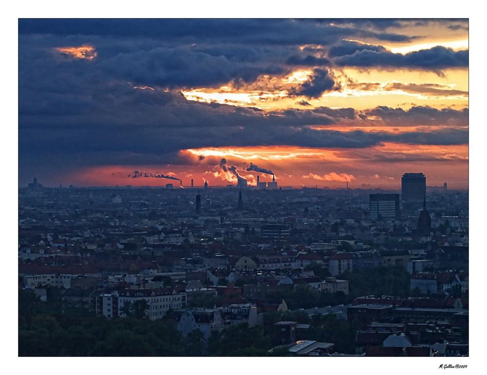 Sonnenuntergang über der Stadt...