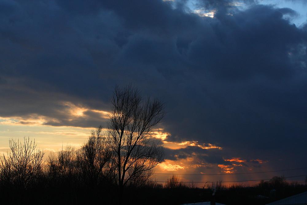 Sonnenuntergang über Sachsenhagen
