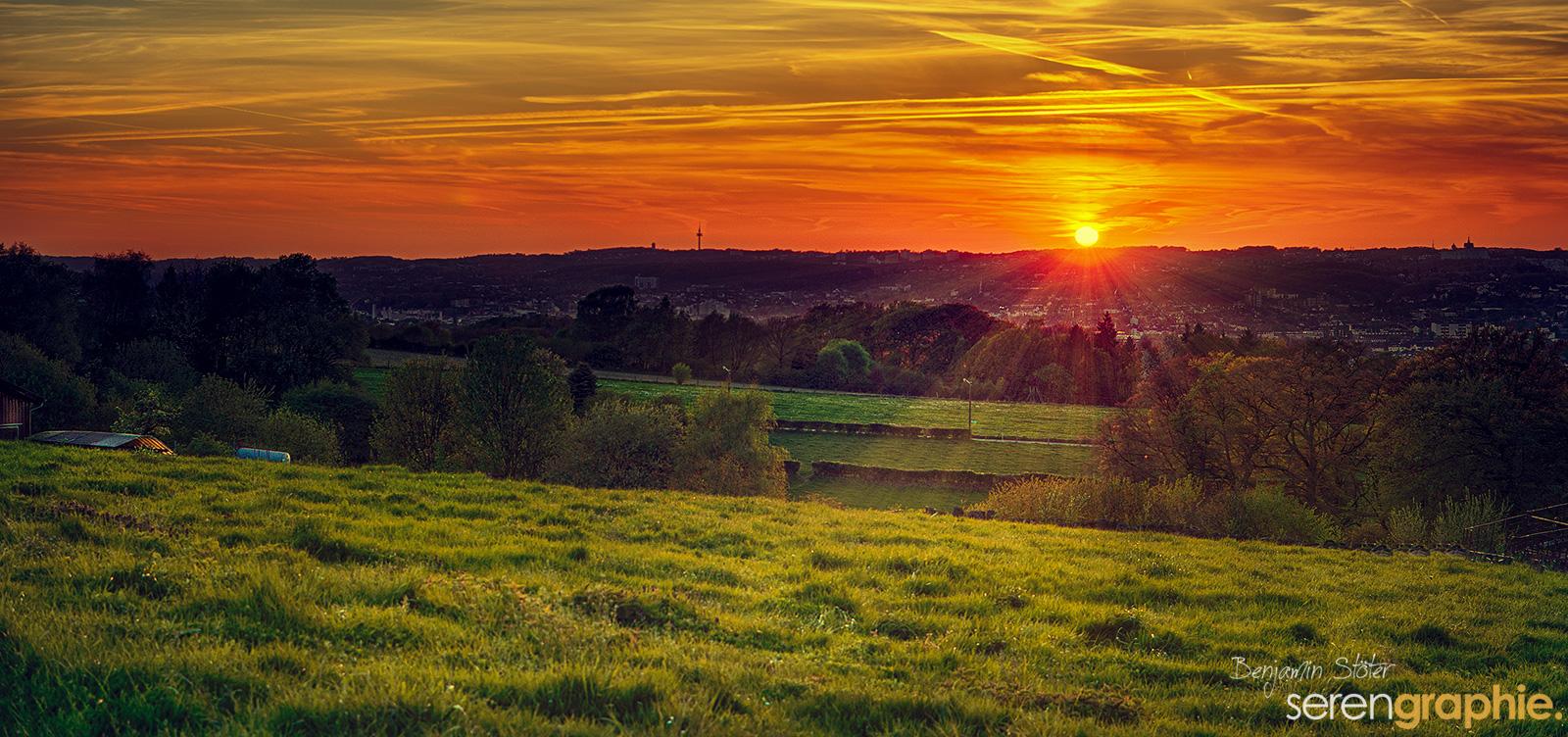 Sonnenuntergang über Wuppertal