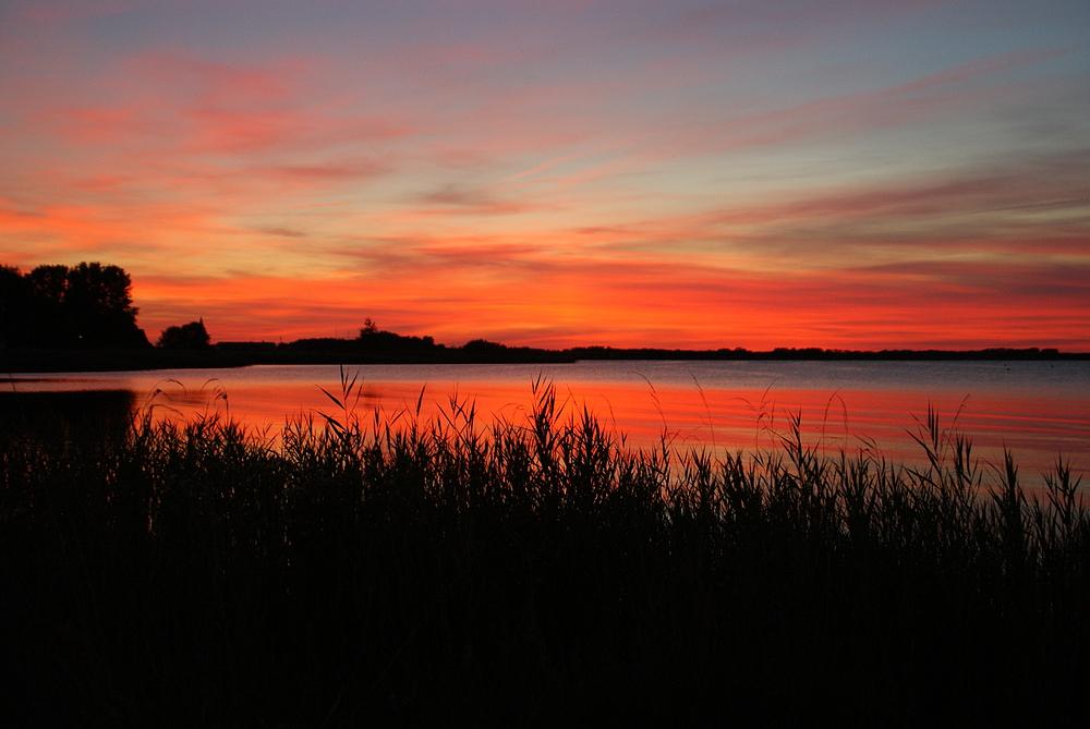 Sonnenuntergang überm Bodden am Lieblingsplatz