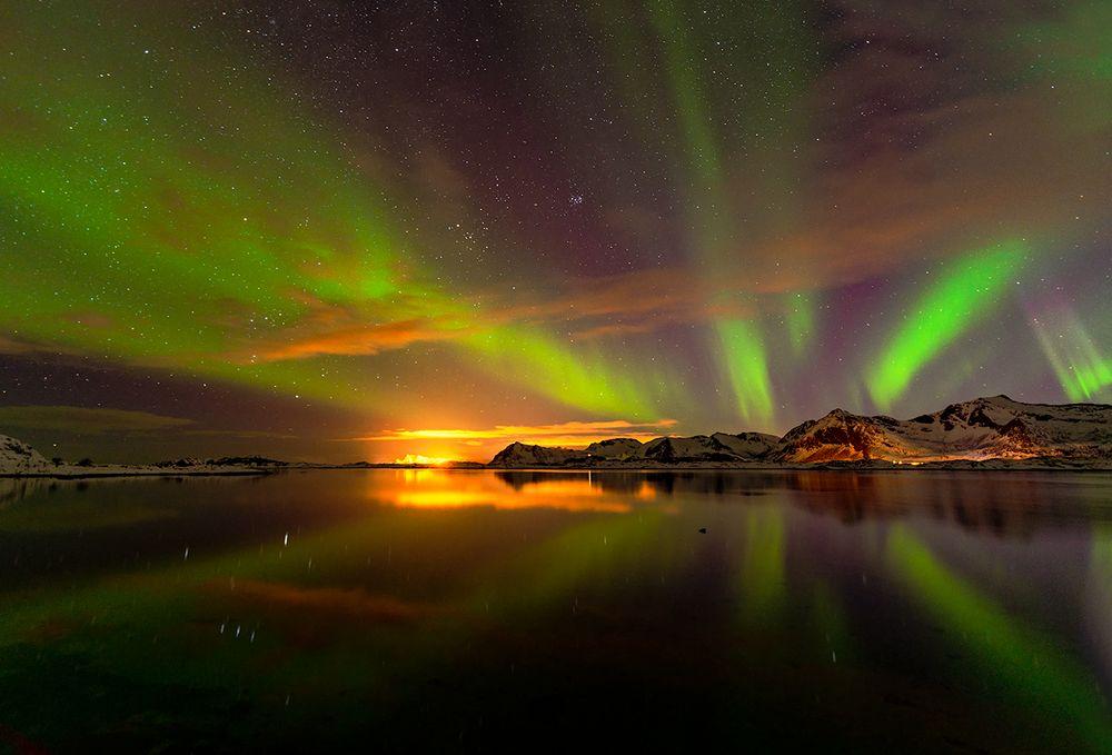 sonnenuntergang und polarlichter