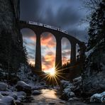 """Sonnenuntergang unter der Brücke"""