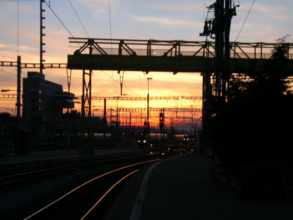 Sonnenuntergang vom Hauptbahnhof Zürich aus