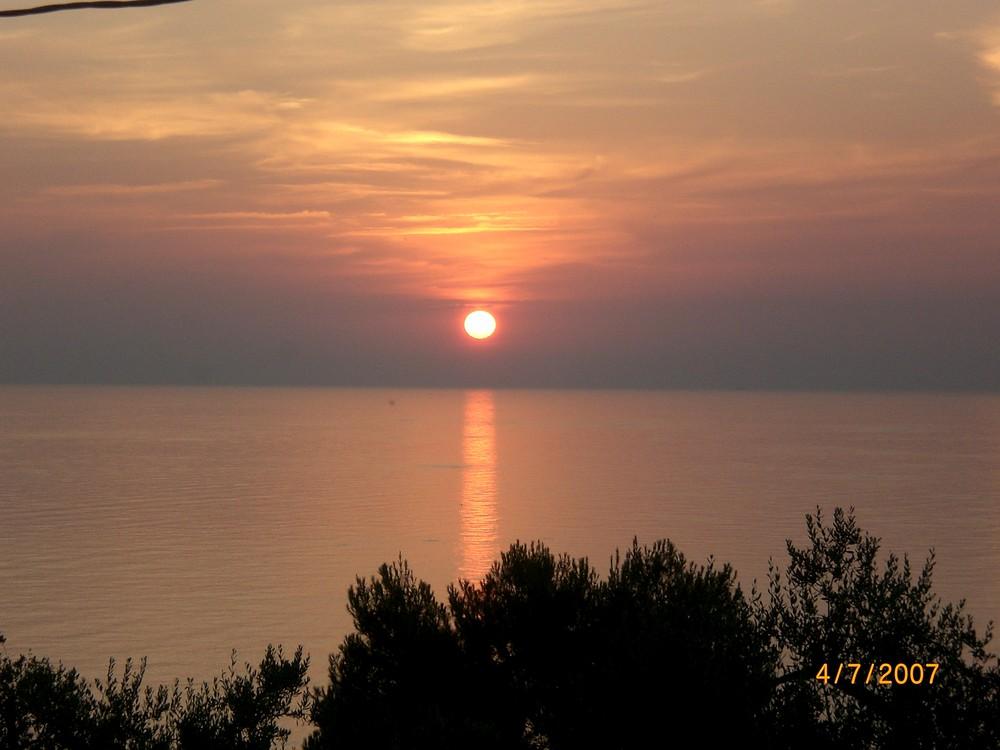 Sonnenuntergang von der Terasse in MArina di Novaglie