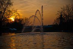 Sonnenuntergang vor dem Parkleuchten