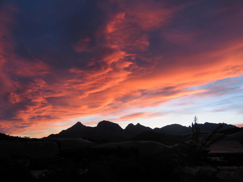 Sonnenuntergang vor einem Gewitter