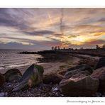 Sonnenuntergang zum Jahreswechsel an der Ostsee