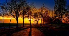 ... Sonnenuntergang zur blauen Stunde ...