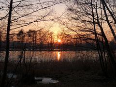 Sonnenuntergangsstimmung am See