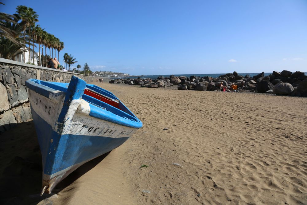 Sonnenverwöhnter Strand im Süden Gran Canarias