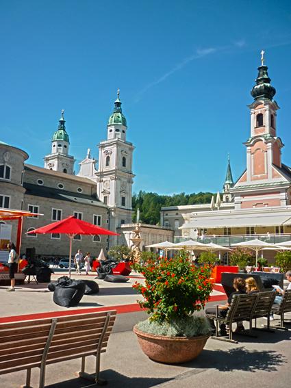 sonniger Mozartplatz