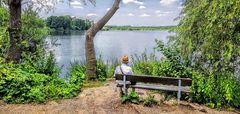 Sonntag allein am See