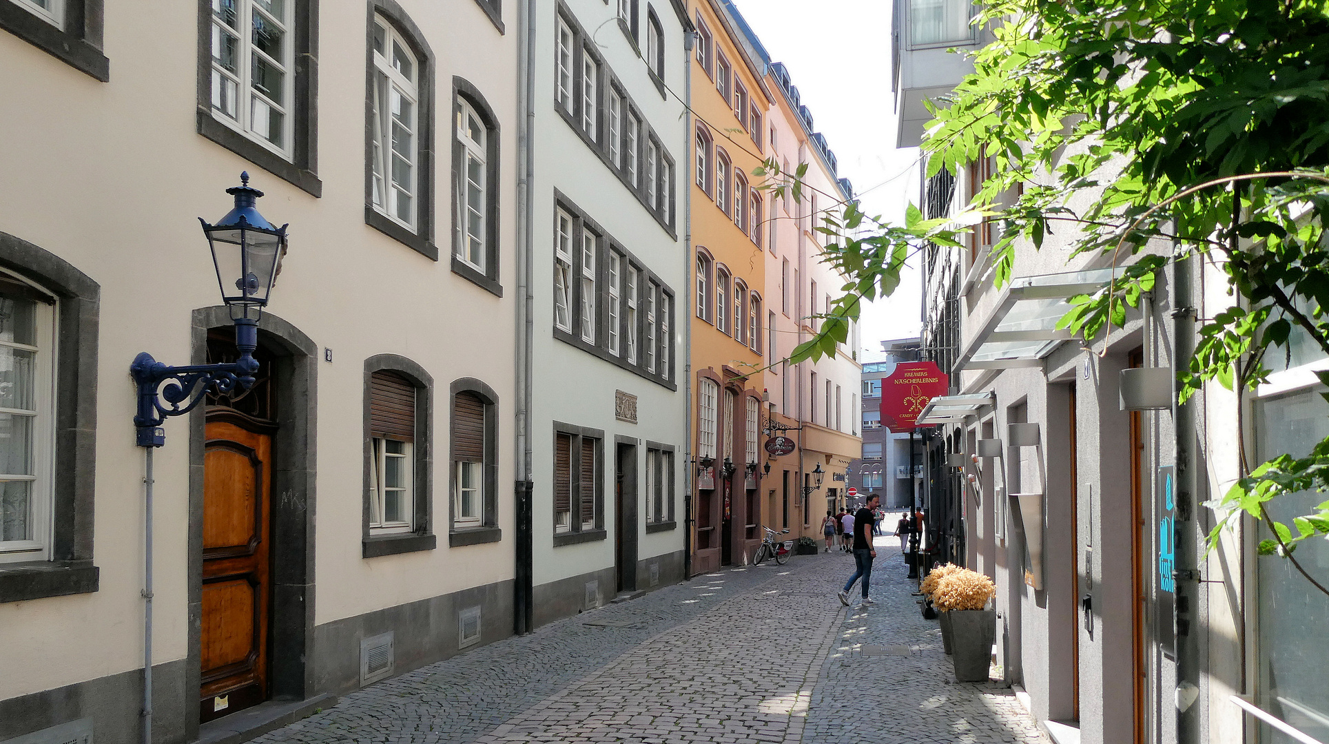 Sonntag in der Kölner Altstadt