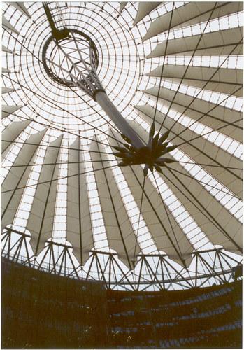 SonyCenter Dach