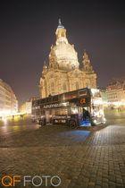 Sonytourbus vor der Frauenkirche, Dresden