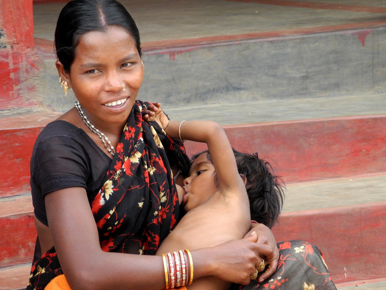 SORRISO DI MADRE (India)