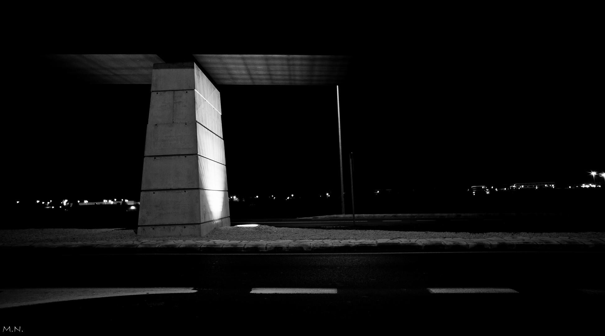 Sosteniendo la oscuridad...