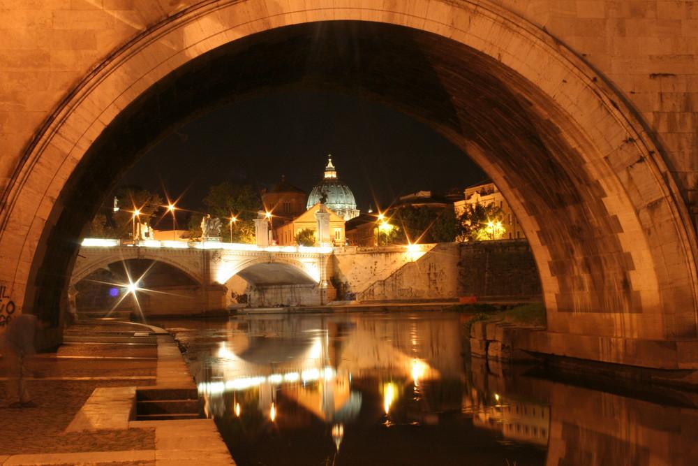 sotto i ponti di Roma