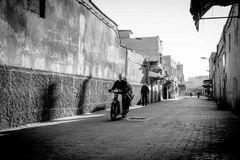 Souk am Morgen - Moped 1