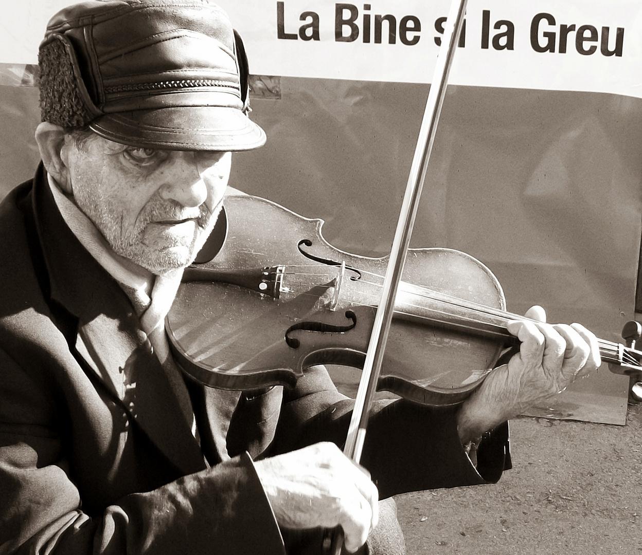 soundless violin