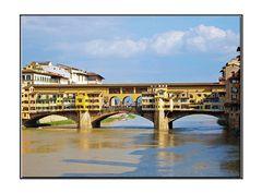 sous le ponte vecchio coule l arno....., firenze