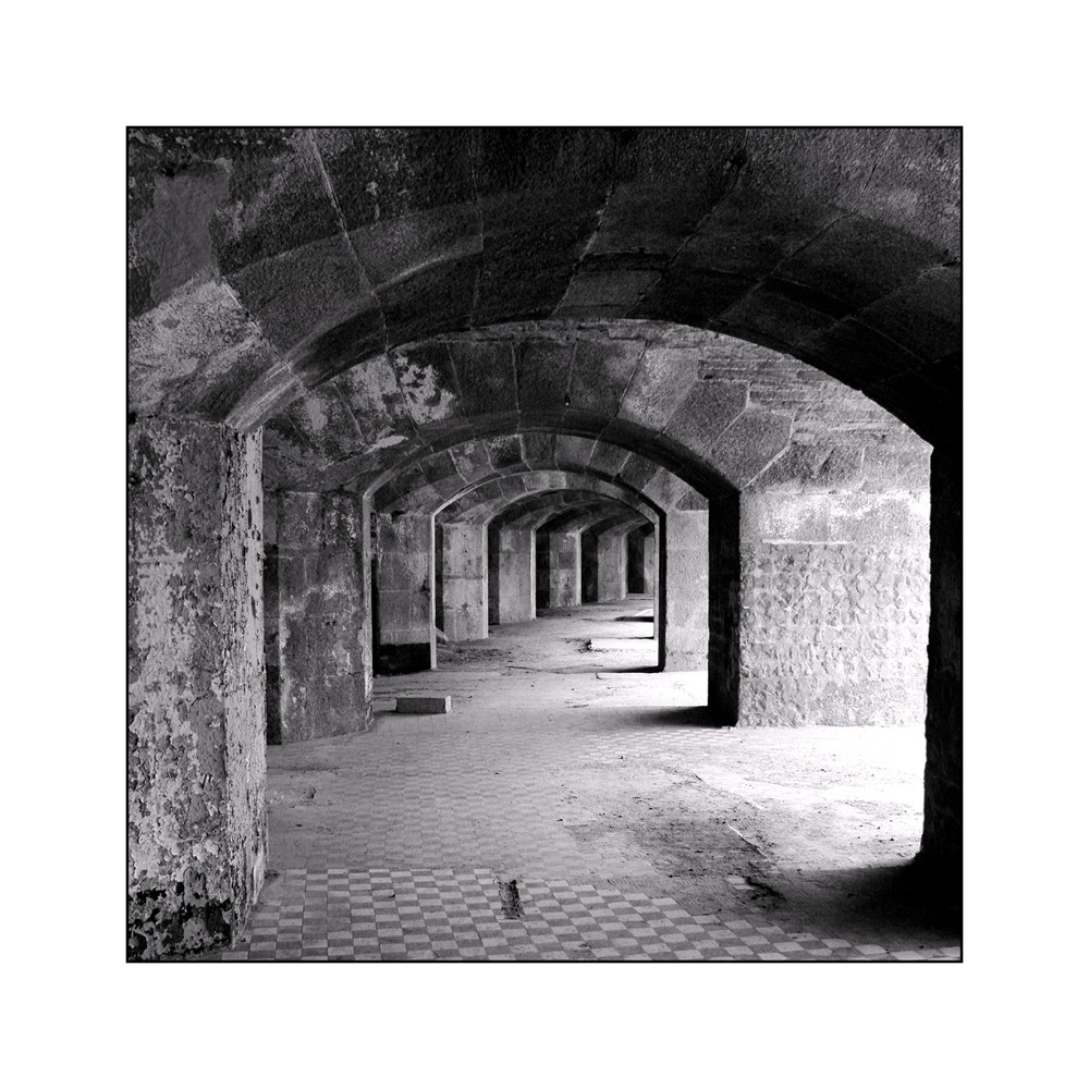Sous les arcades