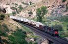 Southern Pacific Freight Train auf Weg durch die Rocky Mountains...