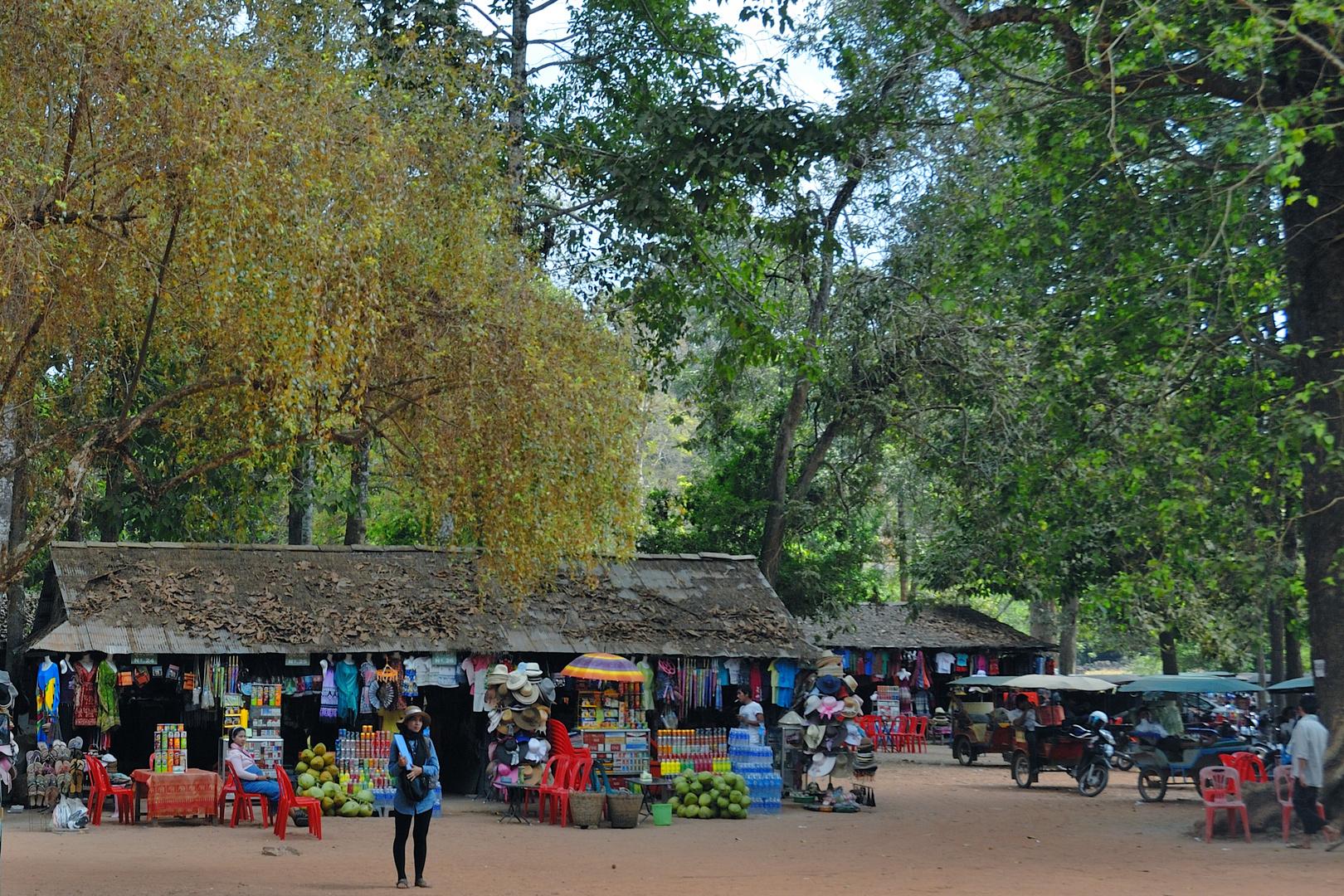 Souvenir market in Angkor Thom